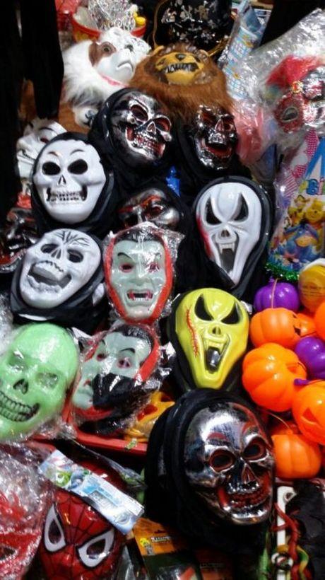 Gioi tre don Halloween som tai pho di bo Ho Guom - Anh 14