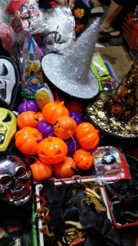 Gioi tre don Halloween som tai pho di bo Ho Guom - Anh 17