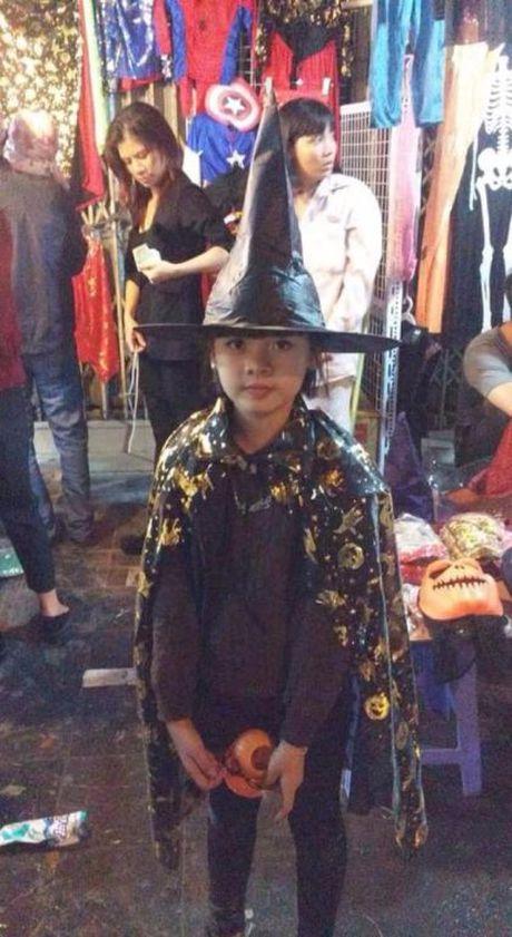 Gioi tre don Halloween som tai pho di bo Ho Guom - Anh 18