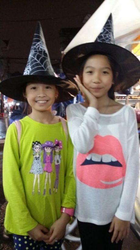 Gioi tre don Halloween som tai pho di bo Ho Guom - Anh 19