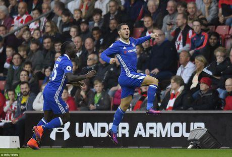 Hazard va Costa ruc sang, Chelsea thang tran thu 4 lien tiep - Anh 1