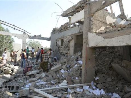 Lien quan Saudi Arabia khong kich Yemen, 60 nguoi thiet mang - Anh 1