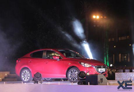 Den luot Mazda2 bi thu hoi vi loi ca vang - Anh 1