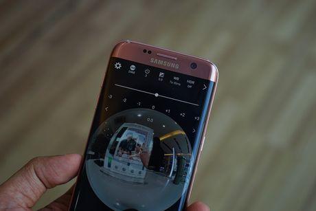 Can canh Samsung camera Gear 360 gia 7 trieu dong - Anh 14