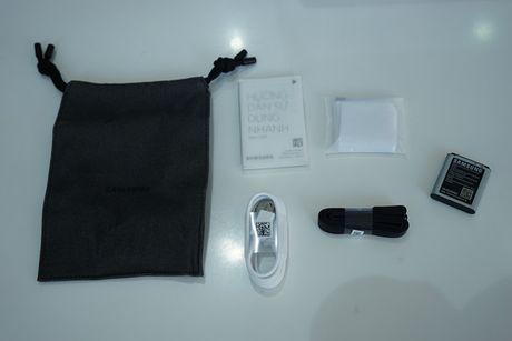 Can canh Samsung camera Gear 360 gia 7 trieu dong - Anh 16