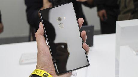 Cham vuot Xiaomi Mi MIX - smartphone khong vien cuc sexy - Anh 13