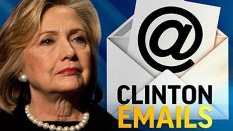 FBI duoc cap giay phep dieu tra email moi bi ro ri cua ba Clinton - Anh 1