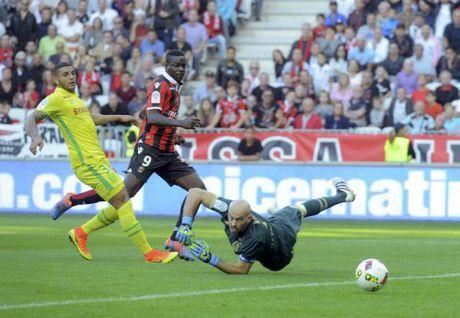 Balotelli ghi ban, Nice tiep tuc thong tri ngoi dau Ligue I - Anh 1