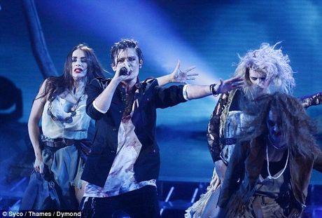 'Zombie' dong loat do bo khien giam khao X-Factor hoang loan khong ngung - Anh 11