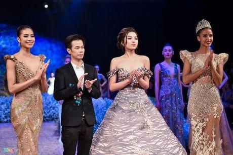 Tu su vu Lan Khue - Minh Tu: lieu nguoi mau Viet co dang hoat dong chi vi vi tri vedette? - Anh 12