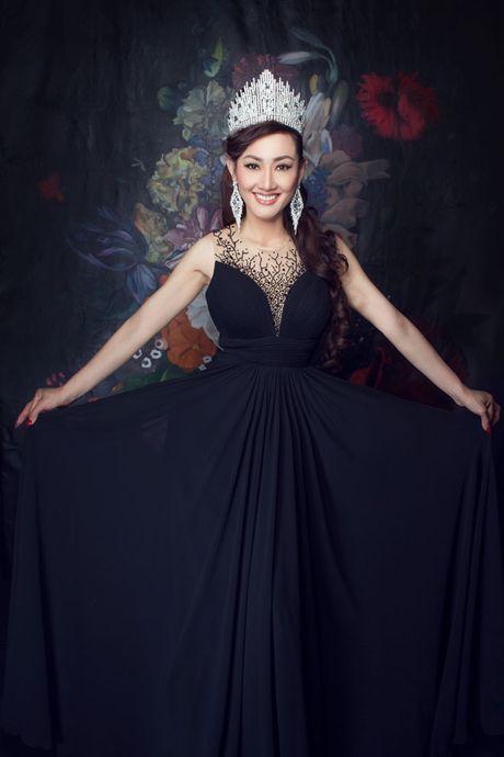 Tracy Hang Nguyen - nhan sac goc Viet dac biet nhat tai Mrs. World 2016 - Anh 1