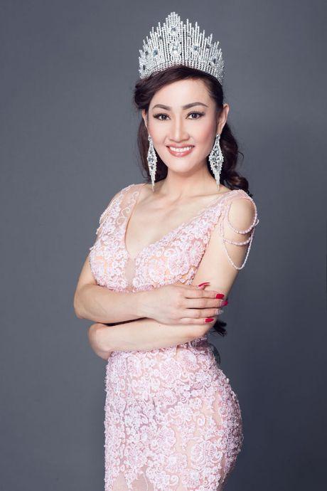 Tracy Hang Nguyen - nhan sac goc Viet dac biet nhat tai Mrs. World 2016 - Anh 2