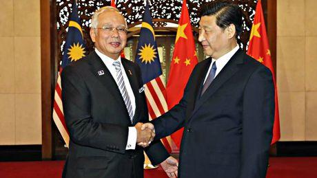 Thu tuong Malaysia tham Trung Quoc, tang cuong hop tac quoc phong - Anh 1