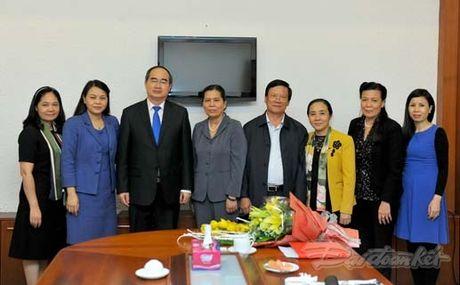 Trao quyet dinh nghi huu cho nguyen Chu tich Hoi LHPN Viet Nam - Anh 5
