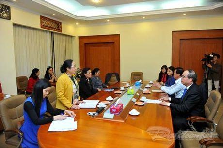 Trao quyet dinh nghi huu cho nguyen Chu tich Hoi LHPN Viet Nam - Anh 7