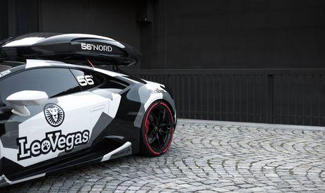 Lamborghini Huracan do nhanh nhat chau Au mau camo - Anh 3