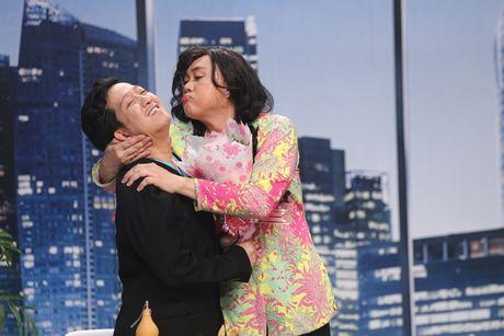 Thanh Duy om Truong Giang bat khoc nhu mua trong game show - Anh 8