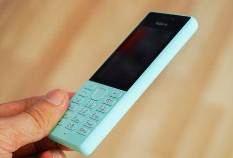 Mo hop 'cuc gach' Nokia 216 co camera selfie vua ban o VN - Anh 8