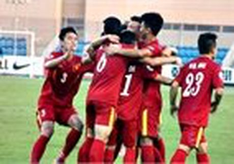 Huu Thang mat tro ruot truoc AFF Cup 2016 - Anh 3