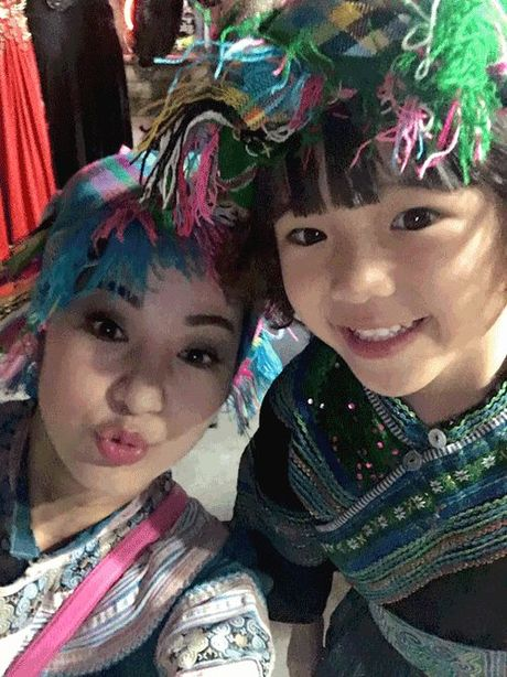 Phat hoang khi MC Ky Duyen, BTV Quang Minh hoa trang Halloween - Anh 11