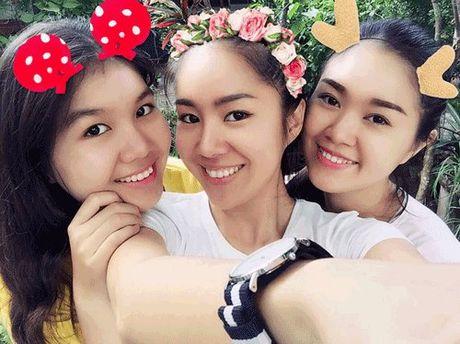 Phat hoang khi MC Ky Duyen, BTV Quang Minh hoa trang Halloween - Anh 14
