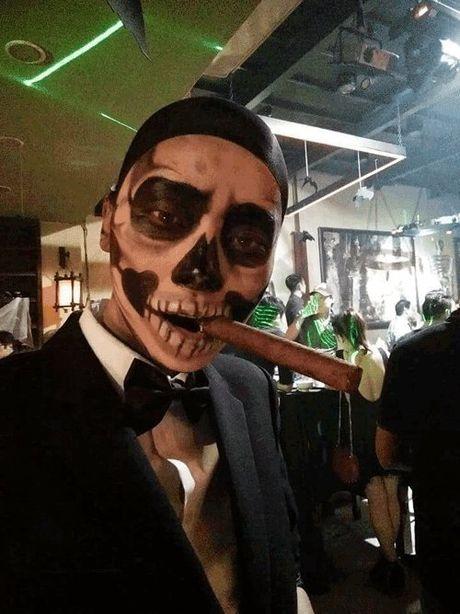 Phat hoang khi MC Ky Duyen, BTV Quang Minh hoa trang Halloween - Anh 16
