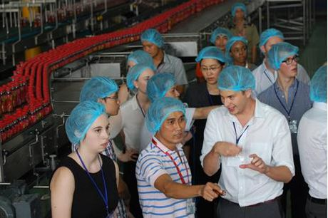 Tan Hiep Phat cong khai day chuyen san xuat len internet - Anh 5