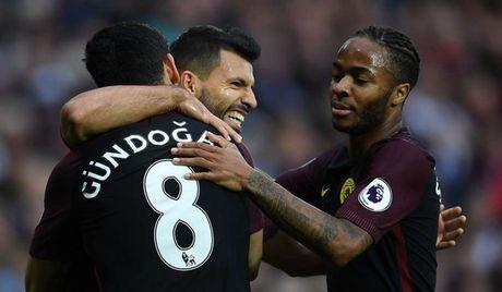 Arsenal thong tri doi hinh xuat sac nhat vong 10 Premier League - Anh 11