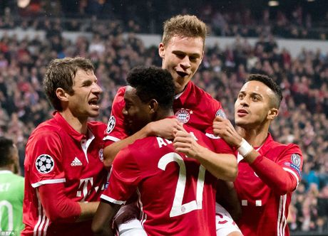 Bayern Munich se som gianh ve vao knock-out, va hon the nua... - Anh 1