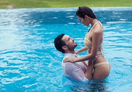 My nhan Viet cuc 'bao gan' voi anh cuoi bikini - Anh 11