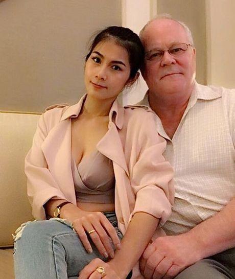 Fan tiec ngan nguoi khi my nhan phim 18+ Thai lay chong 70 tuoi - Anh 1