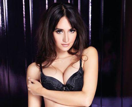 Sieu mau goc Thai lot do co vu Man City 'ban ha' Barcelona - Anh 5