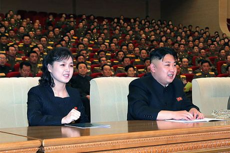 Vo Kim Jong Un mat tich bi an suot 7 thang - Anh 2