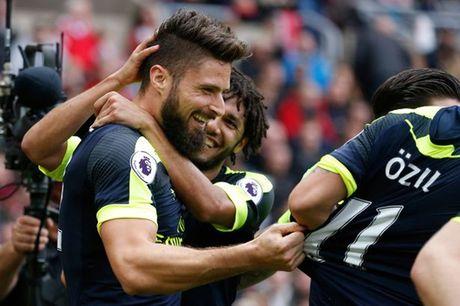 Arsenal se vo dich neu cu de Giroud du bi - Anh 1