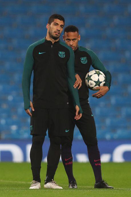Neymar, Suarez quan quyt khong roi tren san tap truoc dai chien Man City - Anh 5