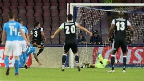 00h45 ngay 02/11, Besiktas vs Napoli: Chuyen lam khach bao tap - Anh 2