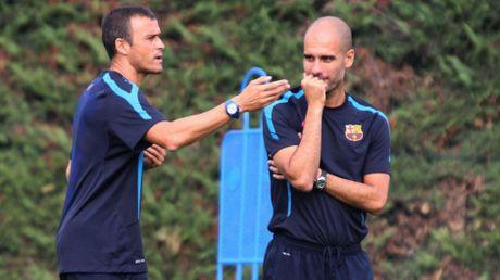 Cuoc chien Enrique vs Guardiola: Khi Pep da o 'duoi tam' - Anh 1