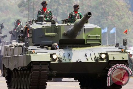 Lo dien xe tang hang trung bi an danh cho Indonesia - Anh 8