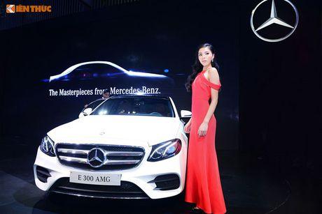 Hoa hau Ky Duyen 'cap ke' xe sang nha Mercedes - Anh 1