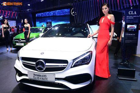 Hoa hau Ky Duyen 'cap ke' xe sang nha Mercedes - Anh 6