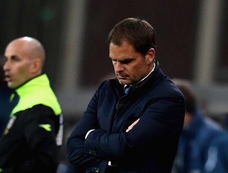 Inter Milan 'tram' HLV Frank De Boer chi sau 14 tran cam quan - Anh 1