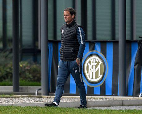 Inter Milan 'tram' HLV Frank De Boer chi sau 14 tran cam quan - Anh 3