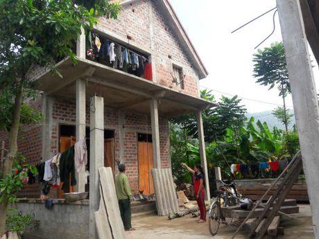 'Cuu canh' giup nguoi ngheo Quang Binh binh an giua lu du - Anh 1
