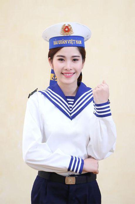 Doi tu co cuc it biet cua nguoi dep Viet Nam duy nhat lot top 8 Hoa hau Trai dat - Anh 5