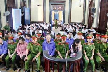 30 phut 'chay' 270 km, lay 2 ban cung 2 noi: VKS nhan sai to tung - Anh 2