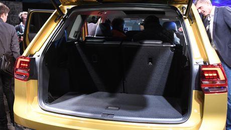 Atlas - 'Sat thu' SUV tam trung cua Volkswagen - Anh 4