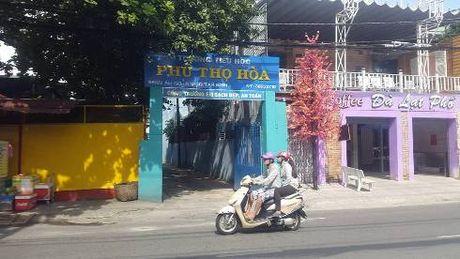 Doc gia to co giao Truong Phu Tho Hoa day them o nha...noi dieu - Anh 1