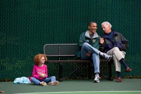 Barack Obama va Joe Biden: 'Cap doi vang' cua Nha Trang - Anh 17