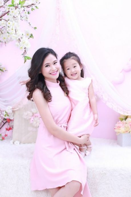 BTV Khanh Ly va 'tuyet chieu' day con noi tieng Anh troi chay tu 2 tuoi ruoi - Anh 8
