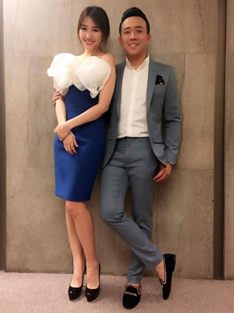 Tran Thanh chinh thuc dua Hari Won ve dinh vao ngay 25.12 - Anh 2